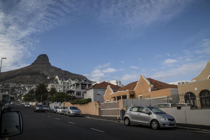 Belas montanhas emolduram o city tour na Cidade do Cabo