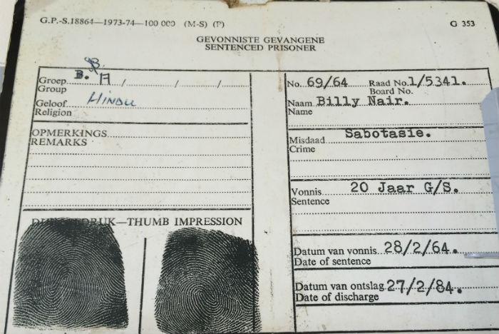 Registro mostra prisão de ativista por sabotagem