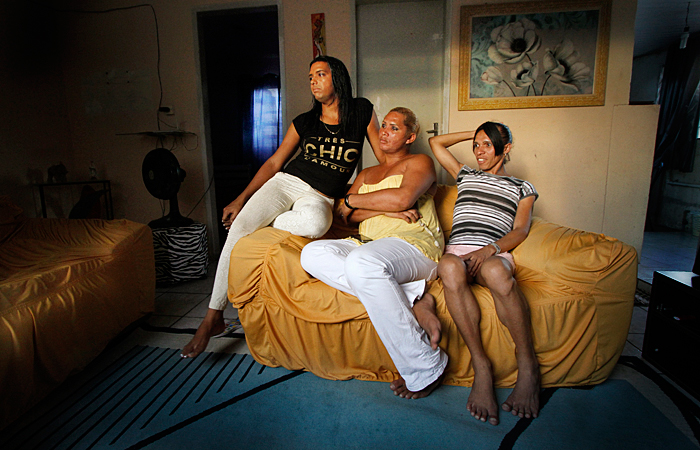Agora vivem da ajuda de programas sociais, da Prefeitura do Cabo - Foto: Fernando da Hora/JC Imagem