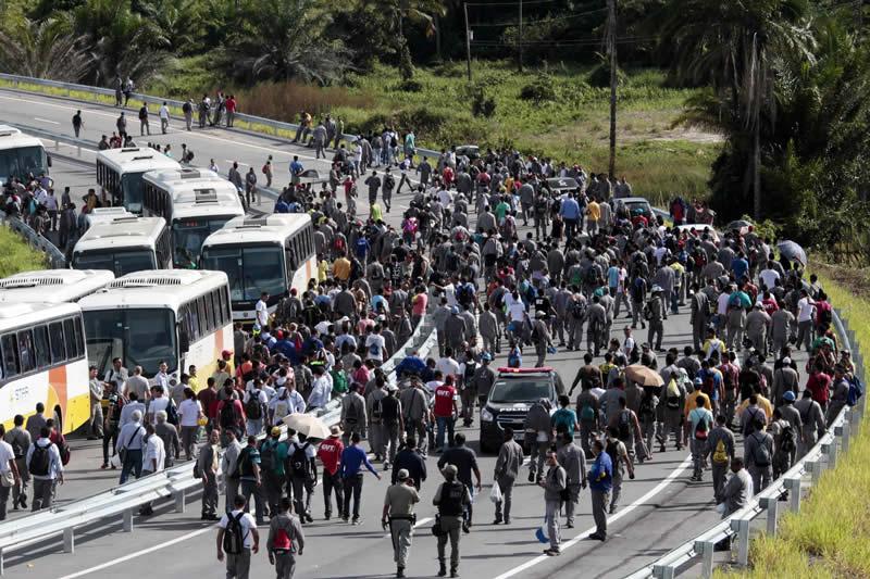 Estaleiro Atlântico Sul demitiu 2 mil funcionários - Foto: Fernando da Hora/JC Imagem